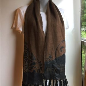 THE TWILIGHT SAGA NEW MOON BROWN & BLACK SCARF